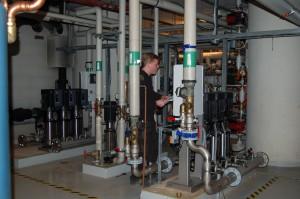 Service og ny installasjon av pumper, trykkøkningsanlegg m.m